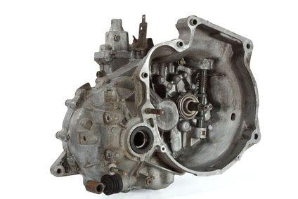 Ersatzteile für ein Schaltgetriebe preiswert kaufen